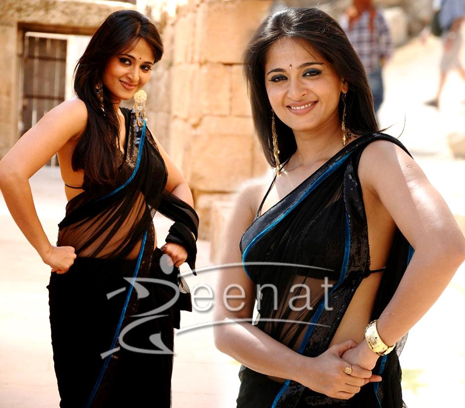 Anushka Shetty In Bikini Blouse Saree