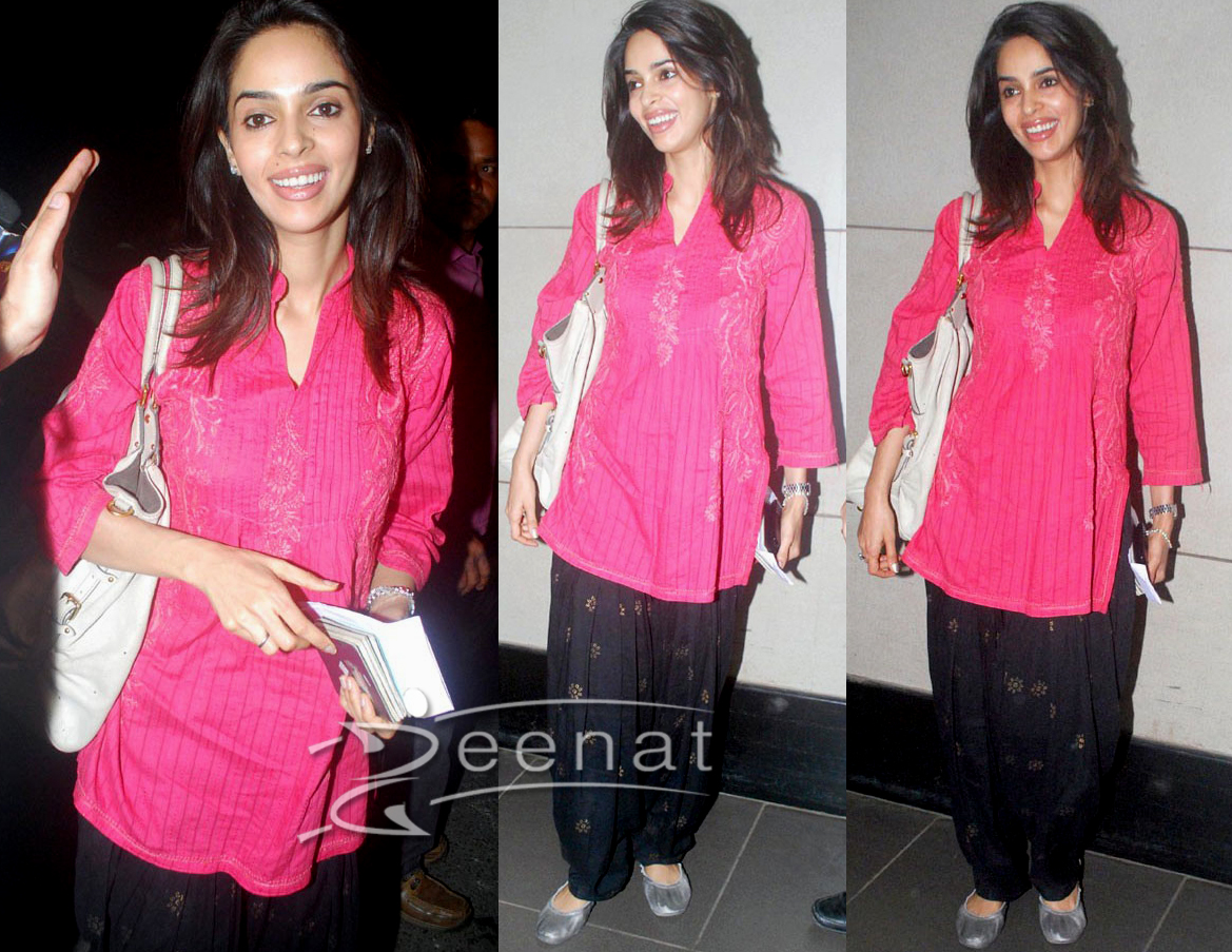 Mallika Sherawat In Indian Kurta Tunic
