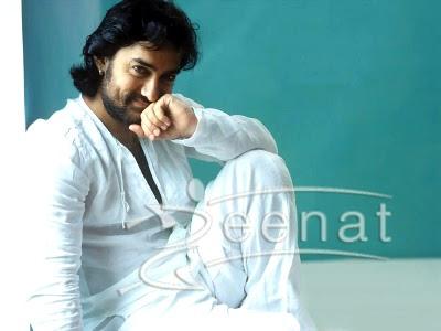 Amir Khan In white Shalwar Kameez