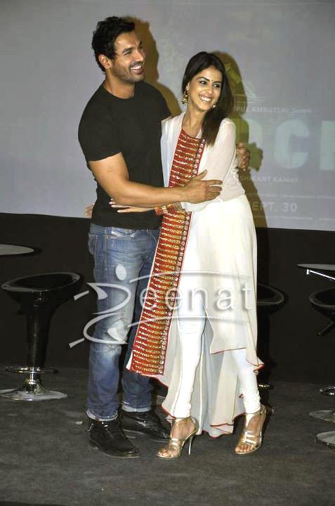 Genelia D'Souza White Churidar Salwar Kameez | Force Movie Premiere