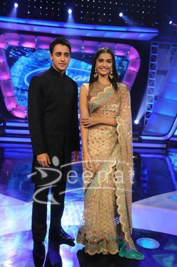 Imran Khan & Sonam Kapoor On Indian Idol 5