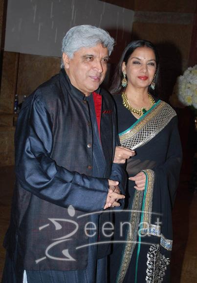 Javed Akhtar In Kurta Pajama Shabana Azmi