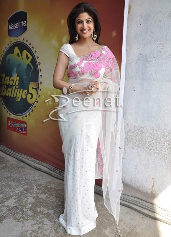 Shilpa Shetty White Sari Master Chef India Promo