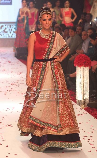 Neha Dhupia in Gitanjali Show At India International Jewellery Week 2013