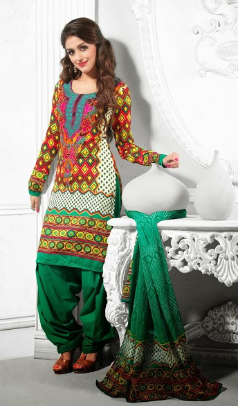 Aarti Chabaria In Salwar Kameez S342