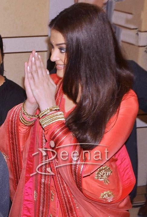 Aishwarya Rai Bachchan In Salwar Kameez