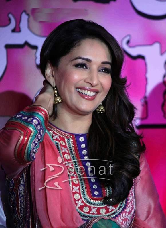 Madhuri Dixit In Bollywood Salwar Kameez