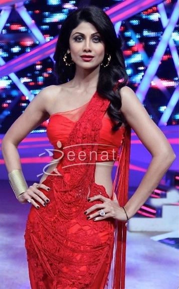Nach Baliye Season 6 at Shilpa Shetty in red Saree