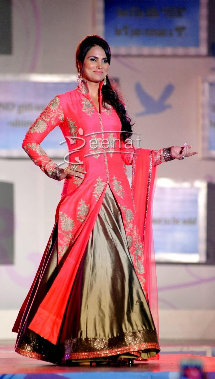 Lara Dutta In Long Shirt with Lehenga