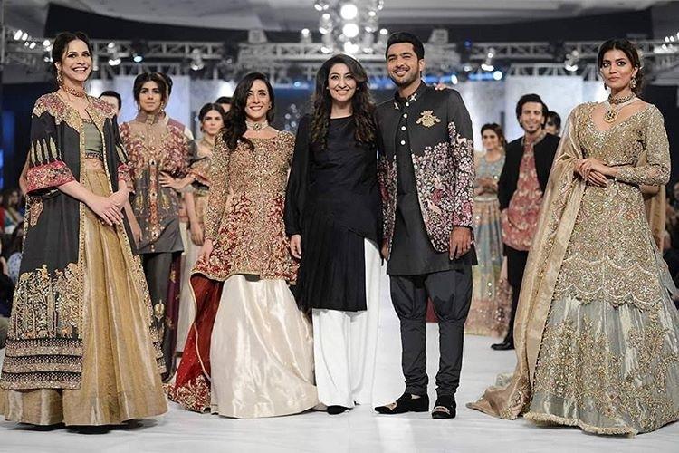Shiza Hassan's Aroos-e-Abrashami PLBW16