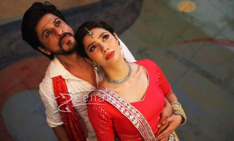 Mahira Khan and Shahrukh Khan in Udi Udi Jaye from Raees